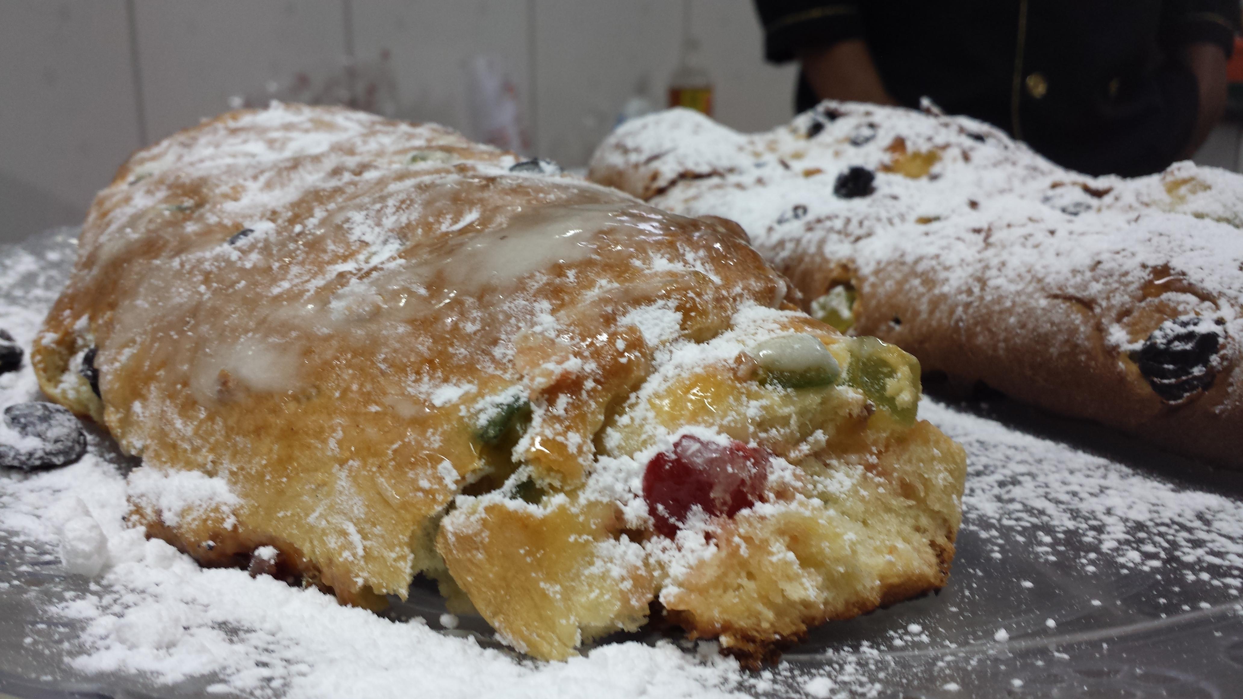 Festival de Panetone, Chocotone, Bolo Rei, Stollien (pão com nozes e chocolate). 04/11/2014